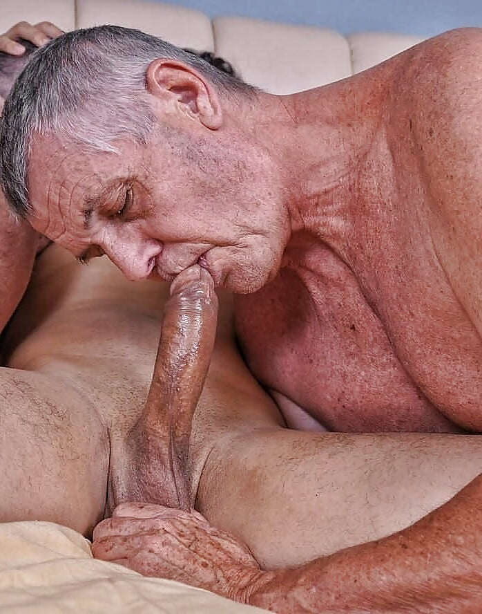 mom-suck-old-men-gay-blowjobtures