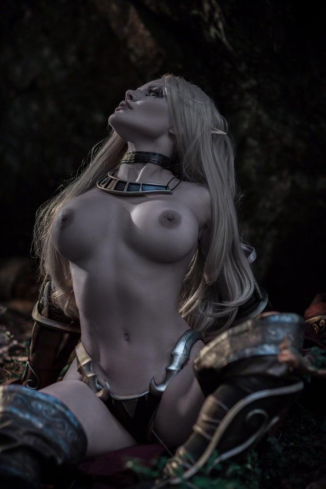 girls legs spread nudist pageant russian