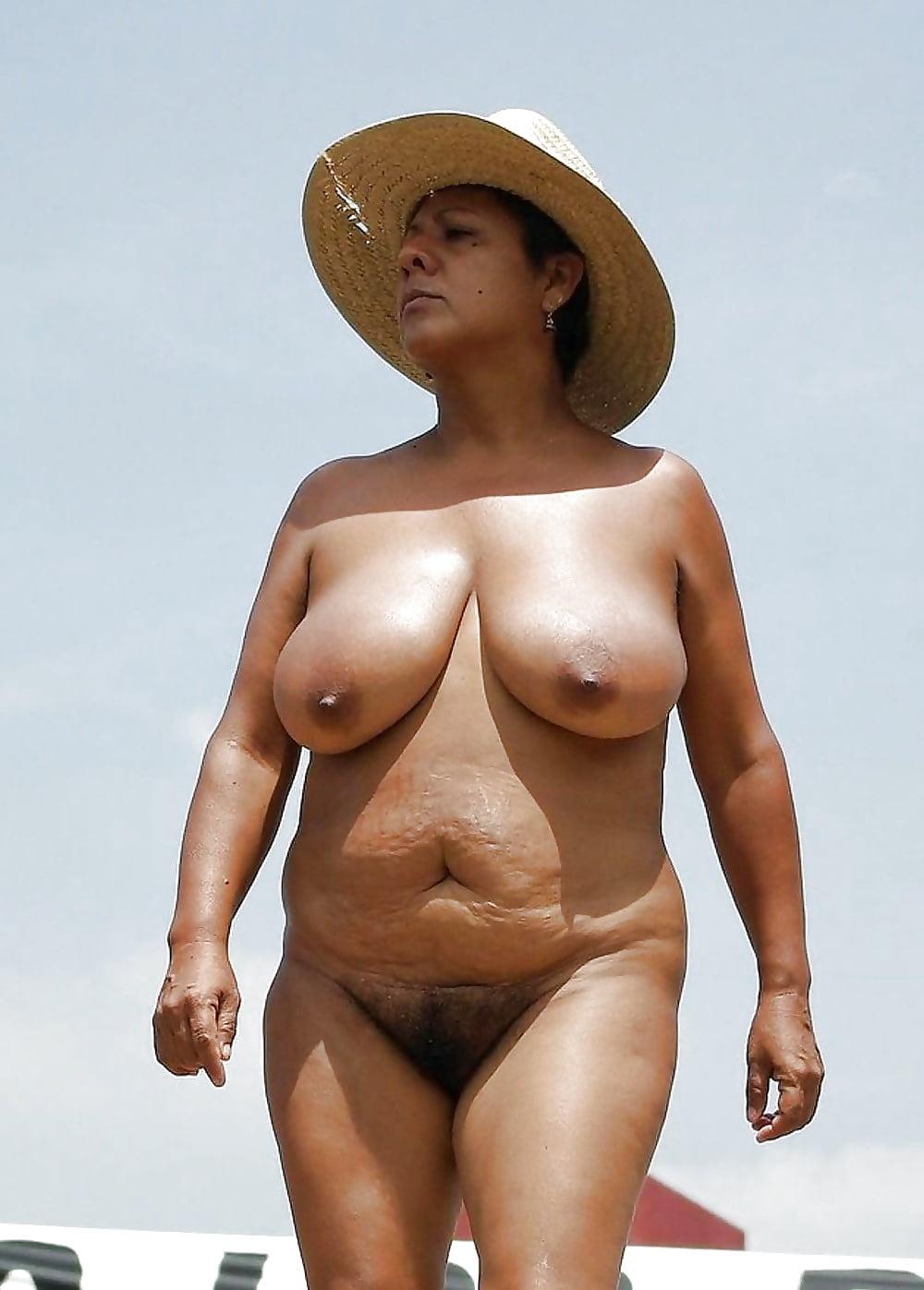 шёл пожилая на пляже эротика фото несомненно, можно назвать