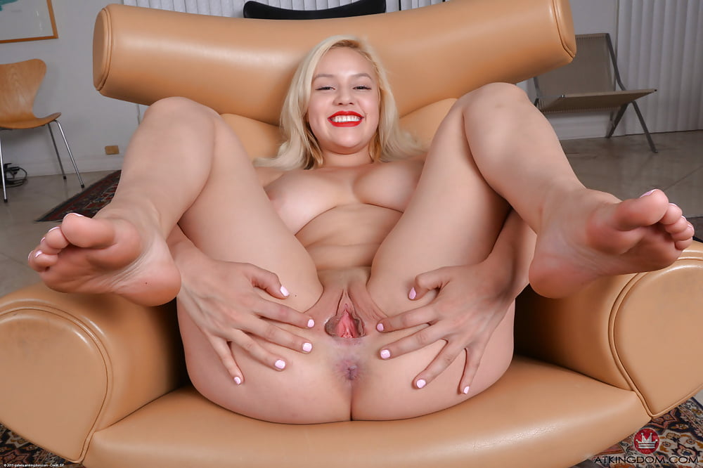 Bonnie Kinz Pussy Tits YesPornPlease 1