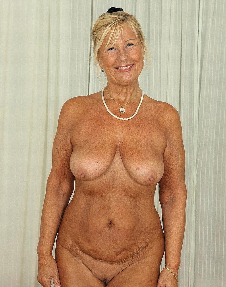 naked-nude-gilf-photos-cum-face
