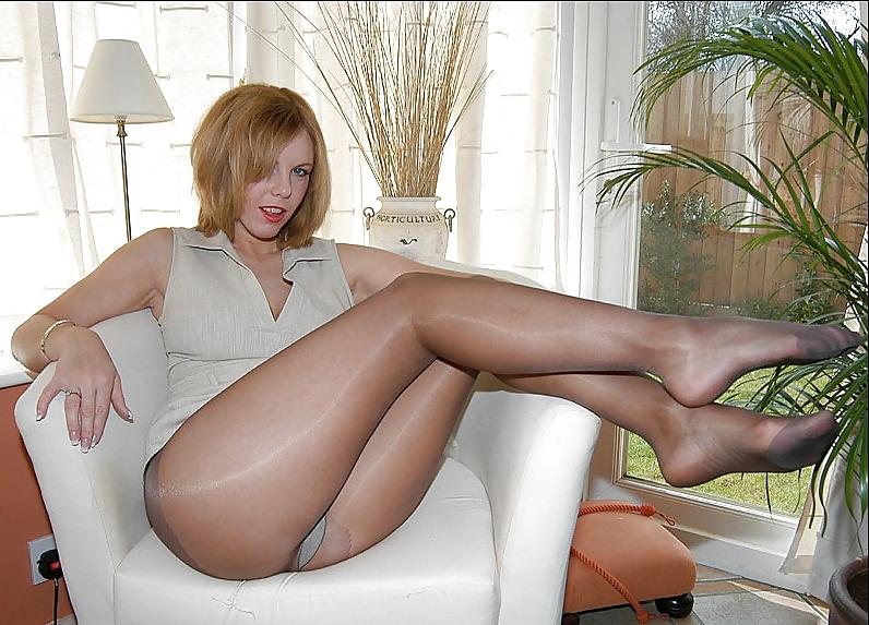Sexy trashy mature pantyhose mature