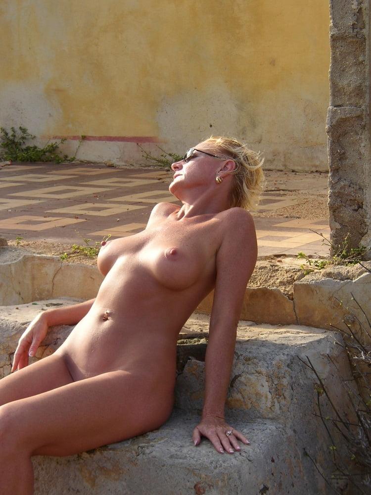Nudist Amateur