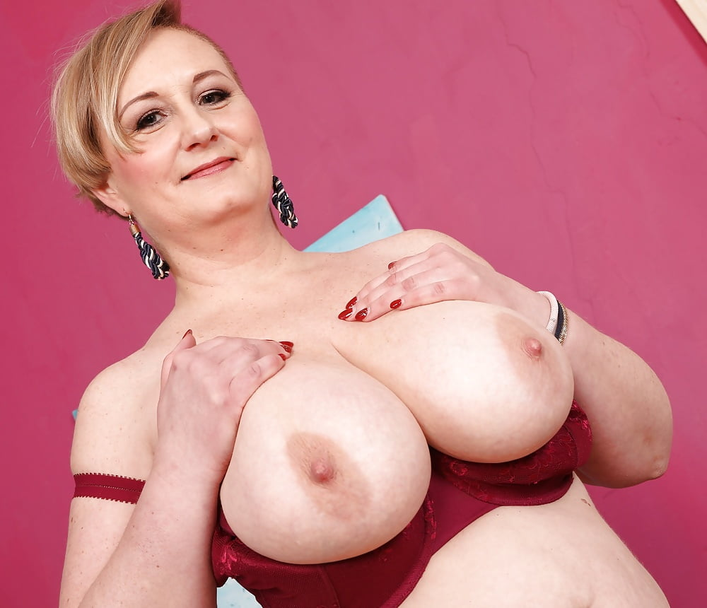 sex-mature-big-tits-movies-thumbs-girl