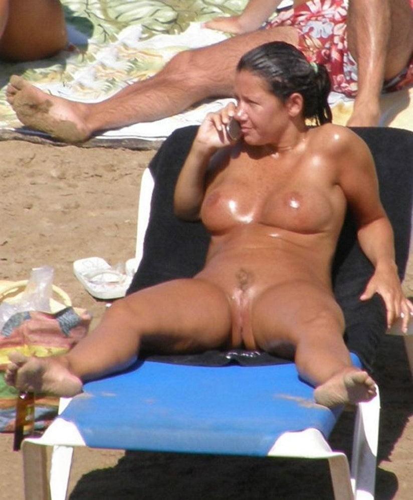 Wife voyeur picture free
