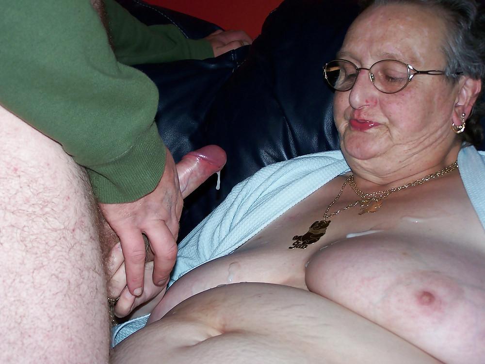 Hot older women having sex-3096