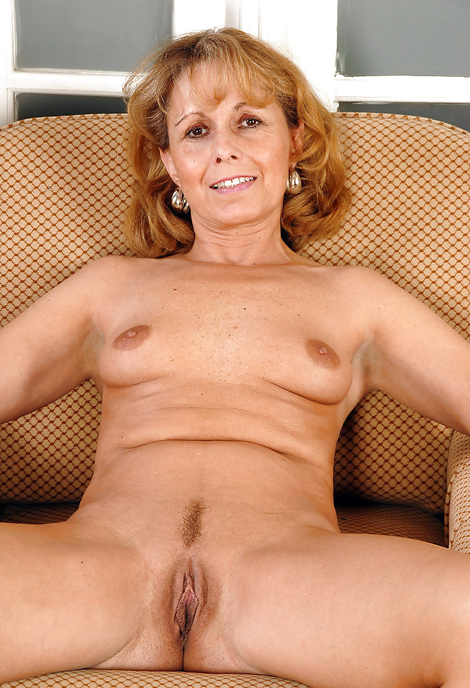 mature-women-fondles-young-girl