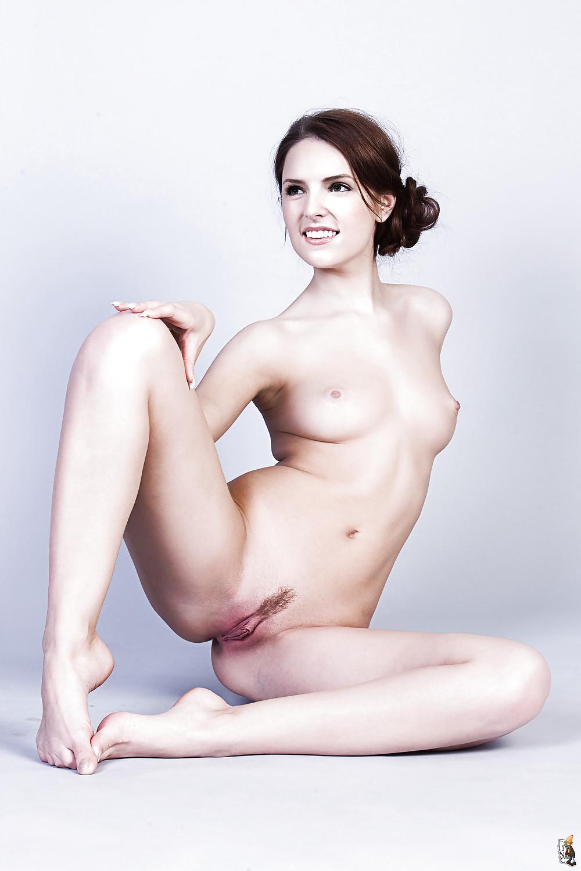 light-anna-kendrick-xxx-image-naked