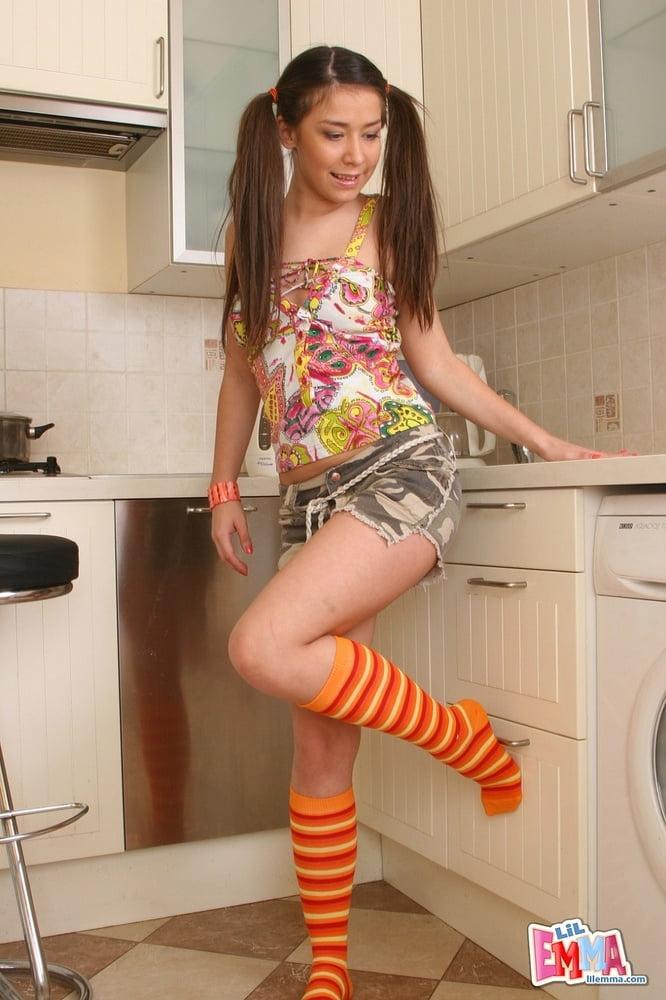 Lil Emma - 118 Pics