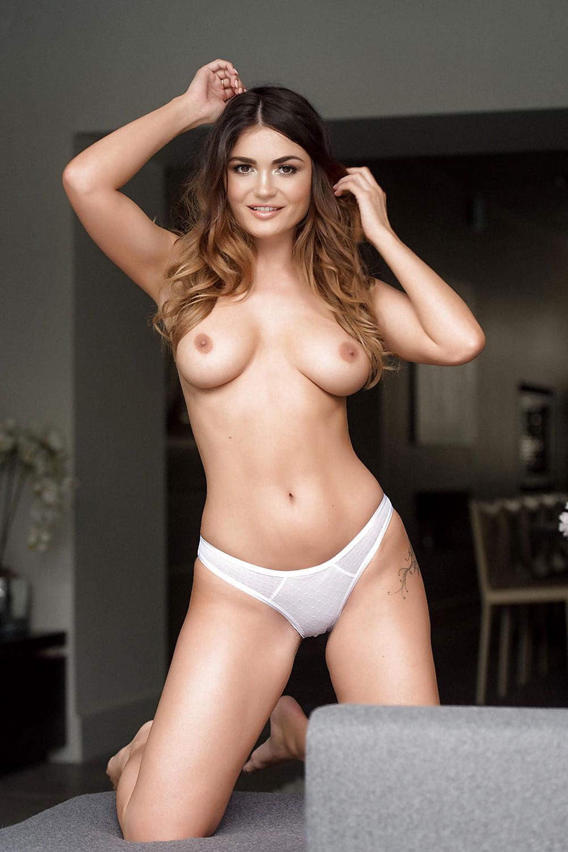 Kathryn morris nude pussy shots