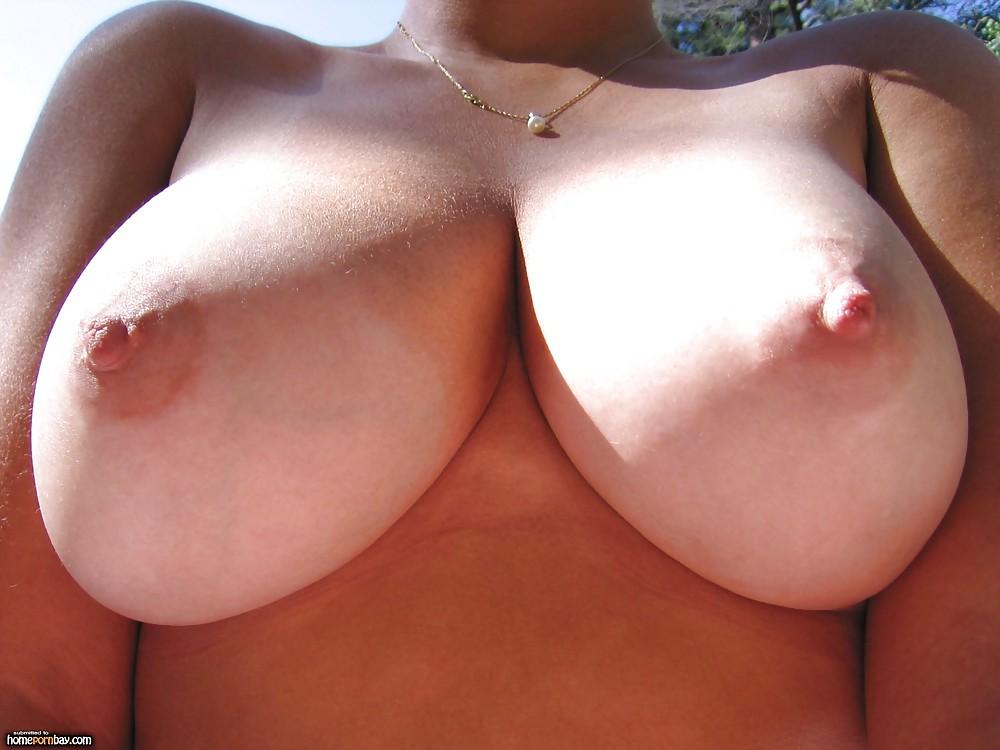 Huge tits amateur cam-3580
