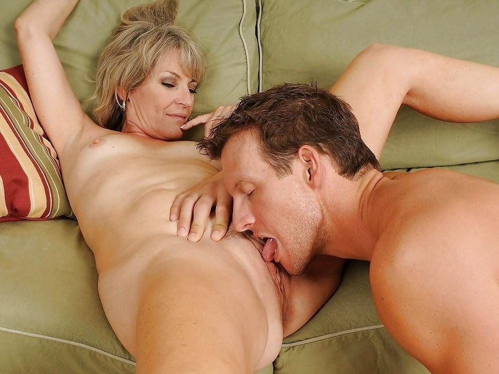 Old women pussy eating pics