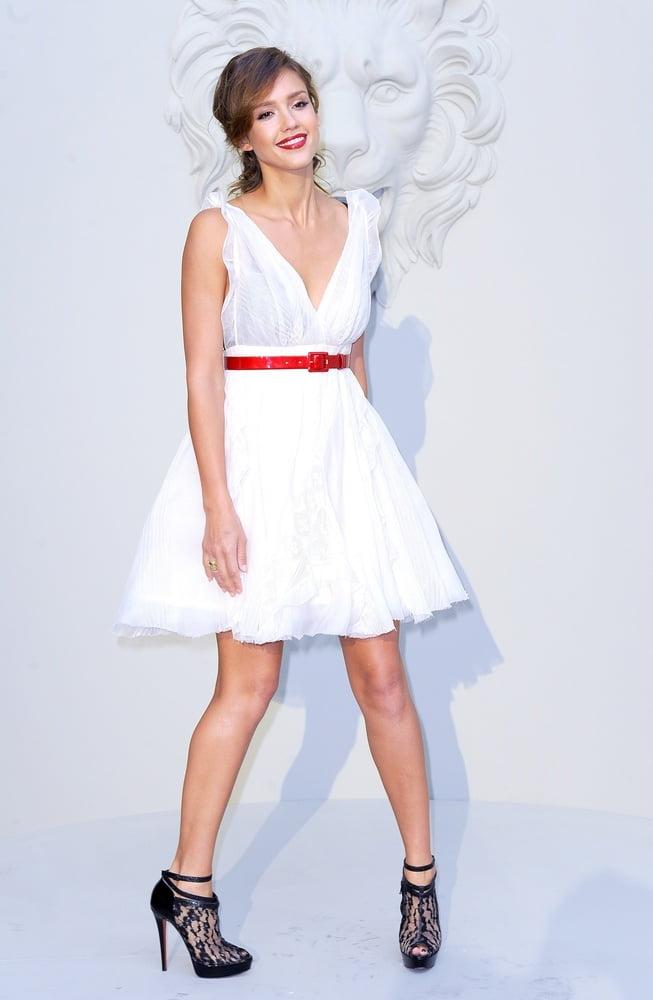 Sexy Jessica Alba - 2010 - 29 Pics