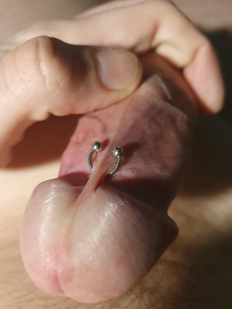 Piercing penis frenum Decorate your