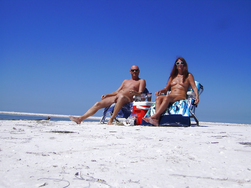 Cops seek tips in nude beach blow job jet ski slay