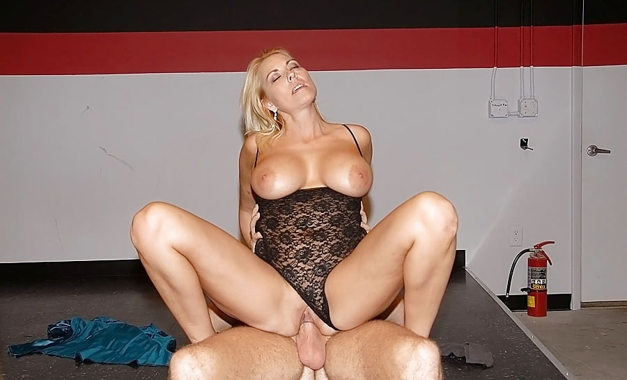 Milf hunter pics on hot