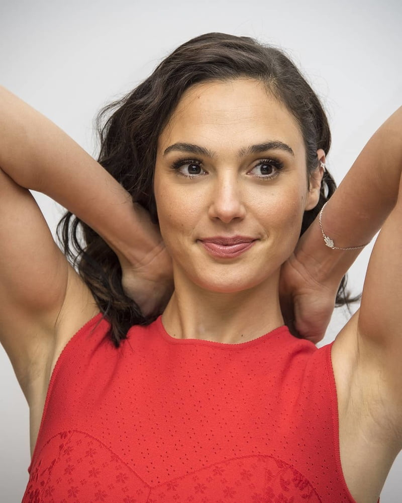 Female celebrities with hairy armpits and legs