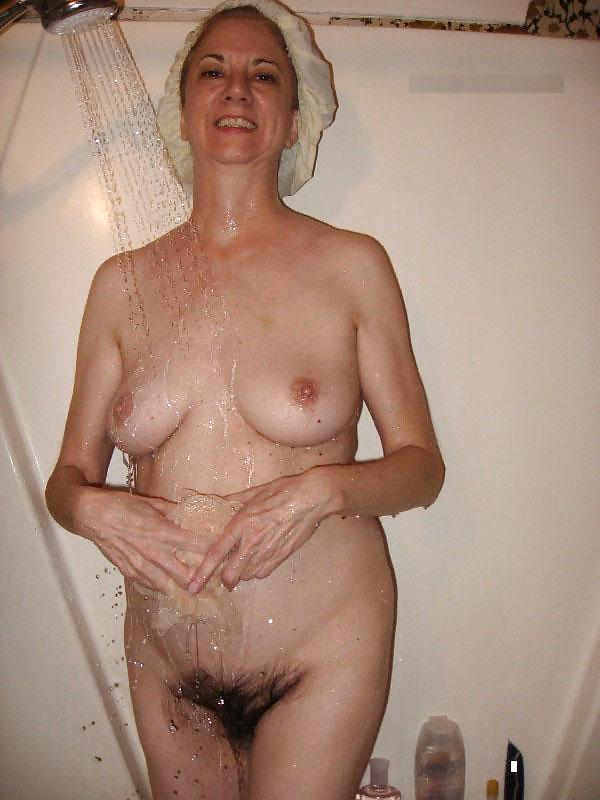 gilf-nude-shower