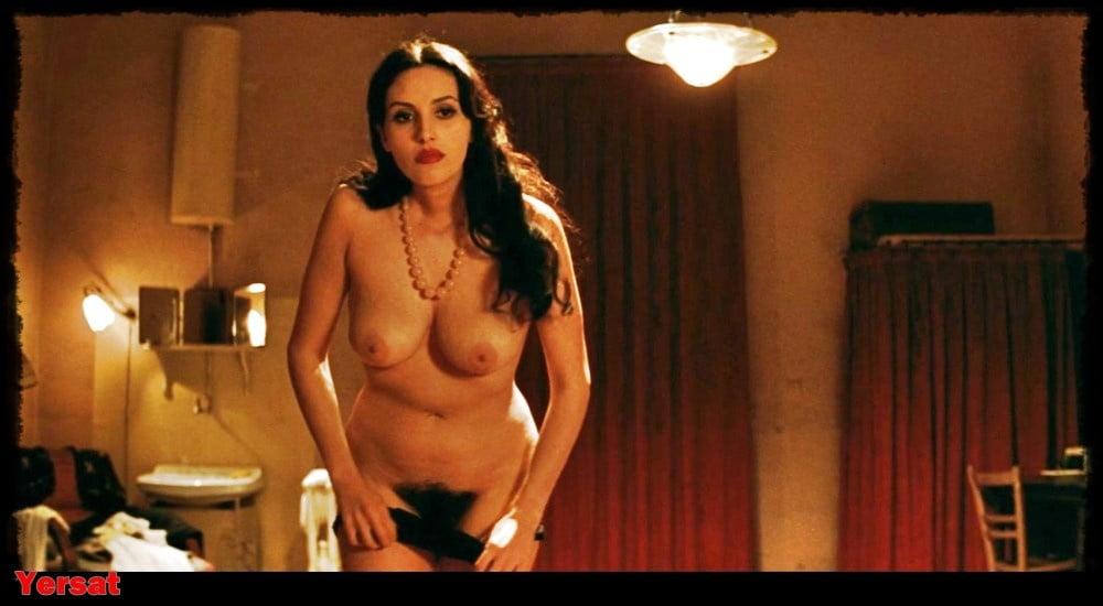 Monica Bellucci Celebrity Nude