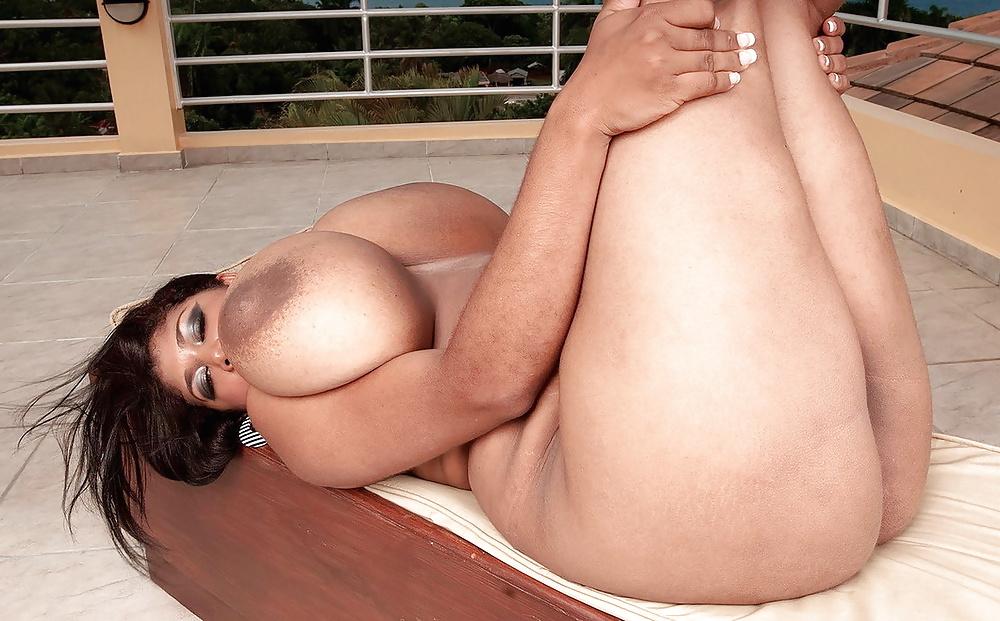milan-nude-sex-photos