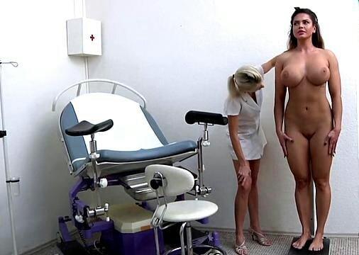 видео с осмотра девушек - 2
