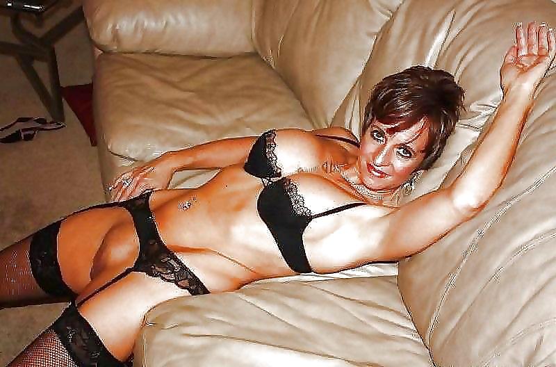 Сайт для любителей взрослых дамочек милф, молодые жены частное секс видео