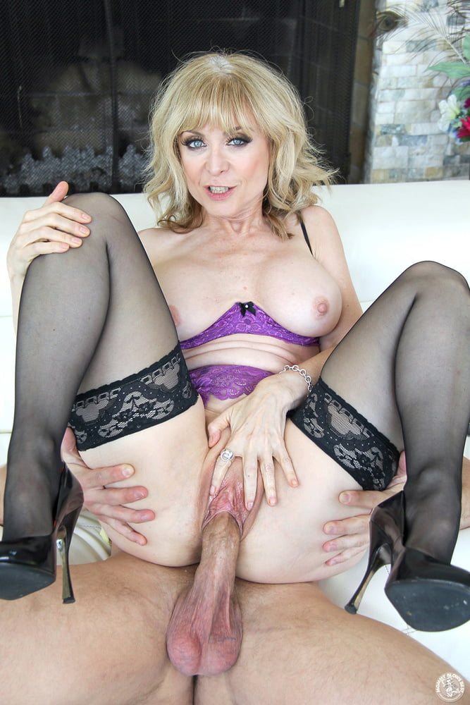 Hot mommy free video