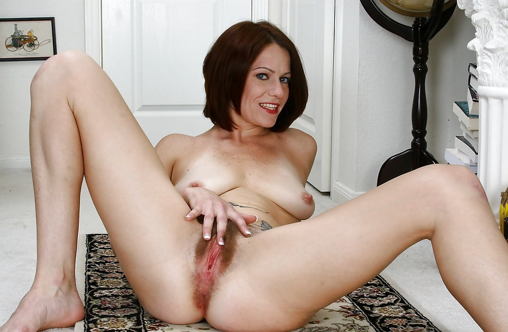 Moms sex young perfect mom pussy gal porn pic