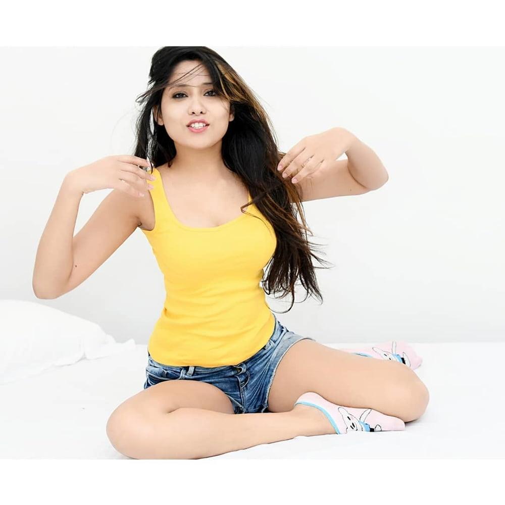 Indian girls sexy boobs photos-6570