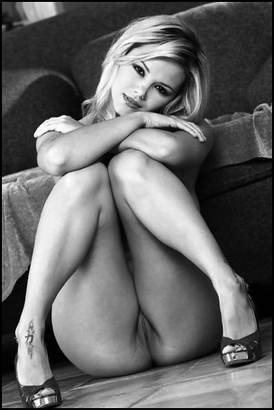 amanda-holden-pussy-pictures