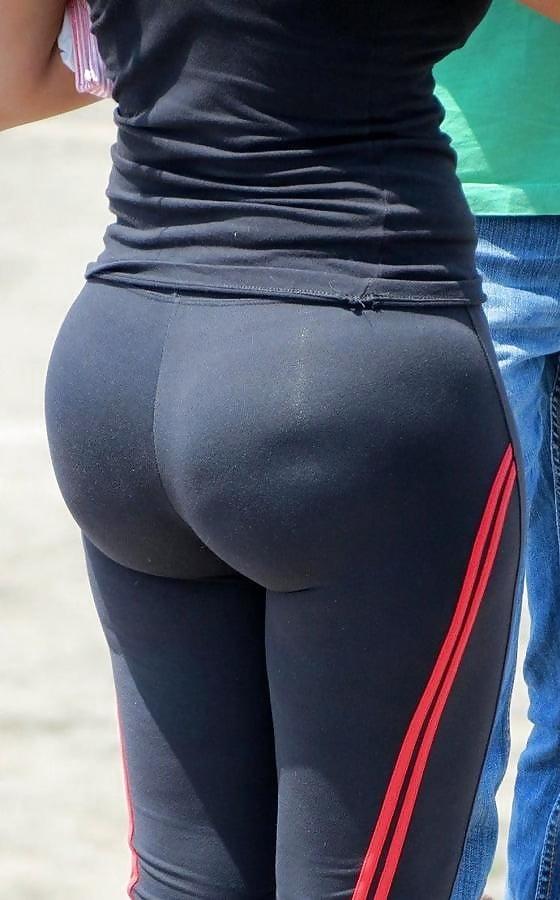 Pin auf tight jeans