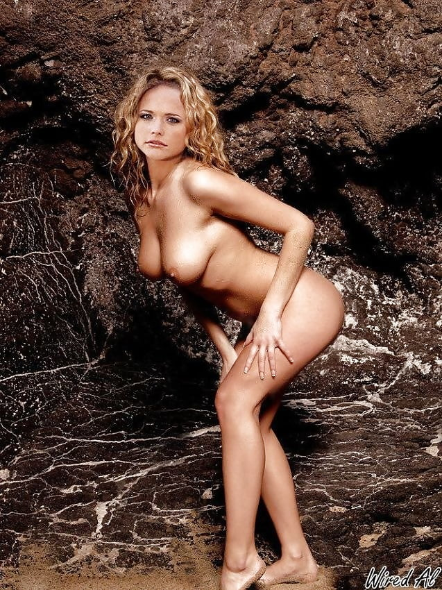 Miranda lambert nude pic photo