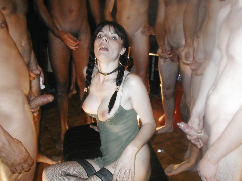 Жену отдать толпе порно