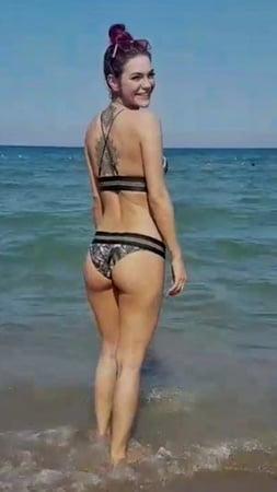 Nude chameen loca chameen loca