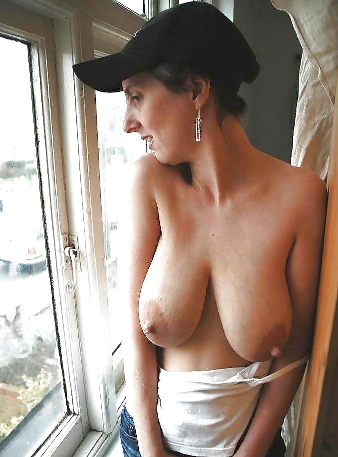 Long Saggy Titts