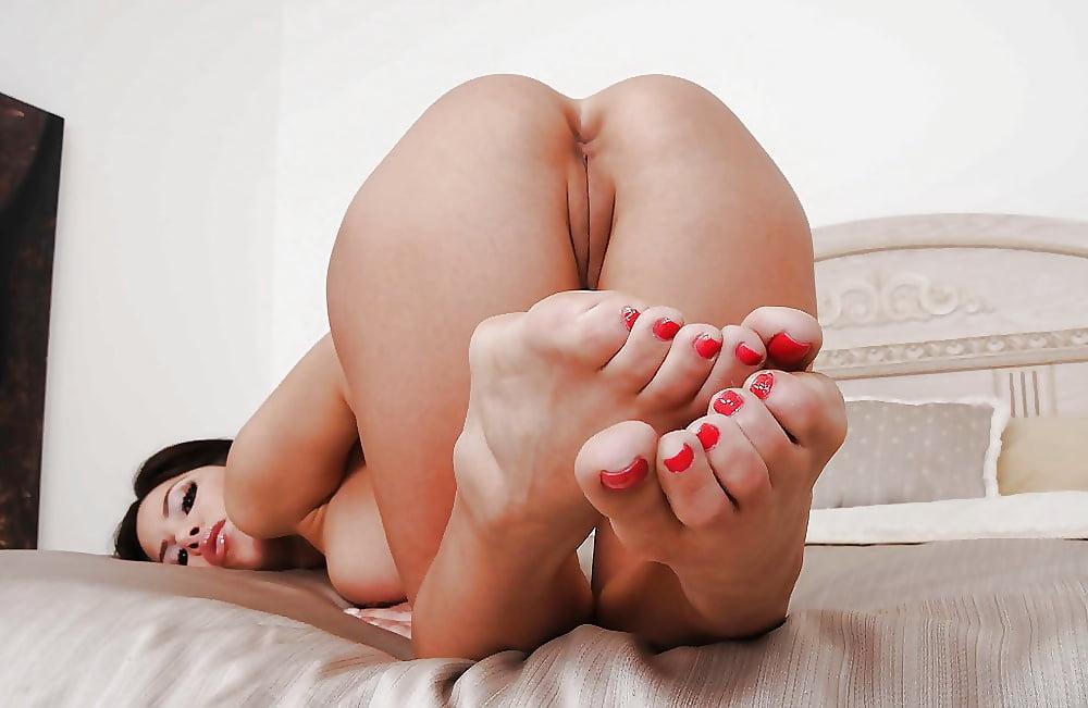 ленинграде первый порно-женские ножки фото лице