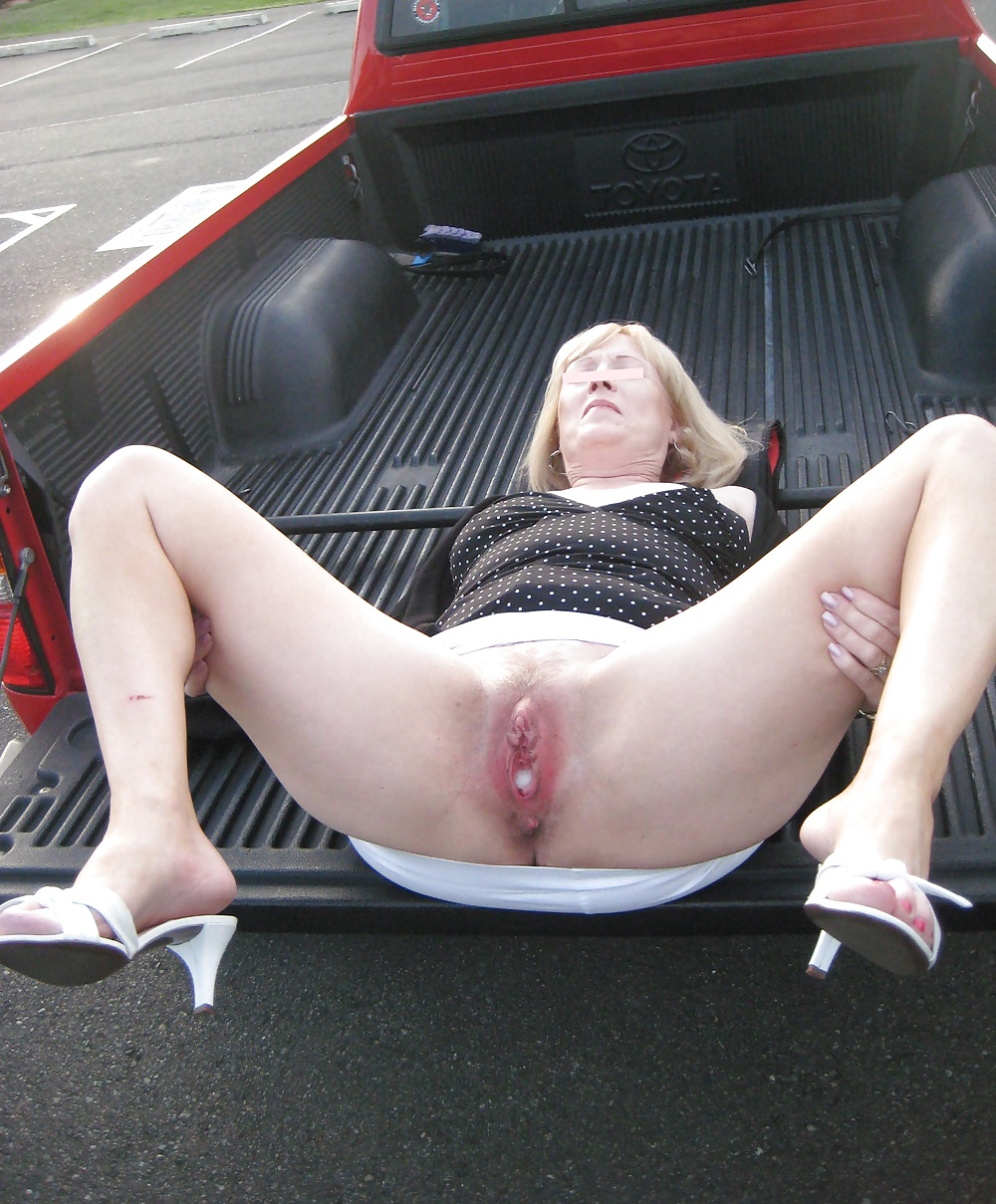 Blowjob Car Parking Lot