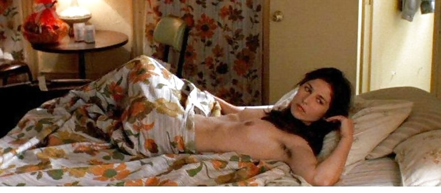 Catherine Keener Nude, Topless And Sexy