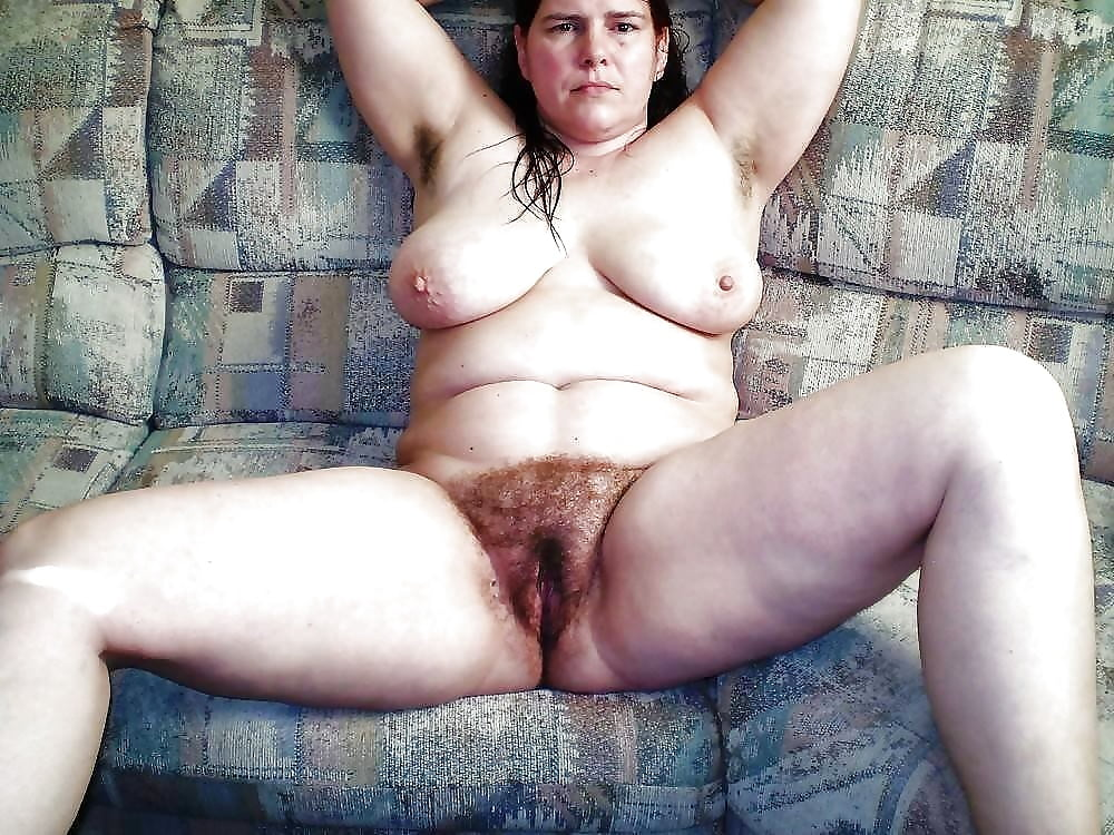 pictures of naked white older women
