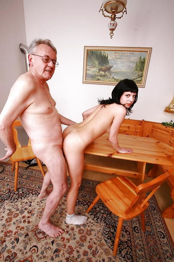 Swallows Grandpa Free Porn Images