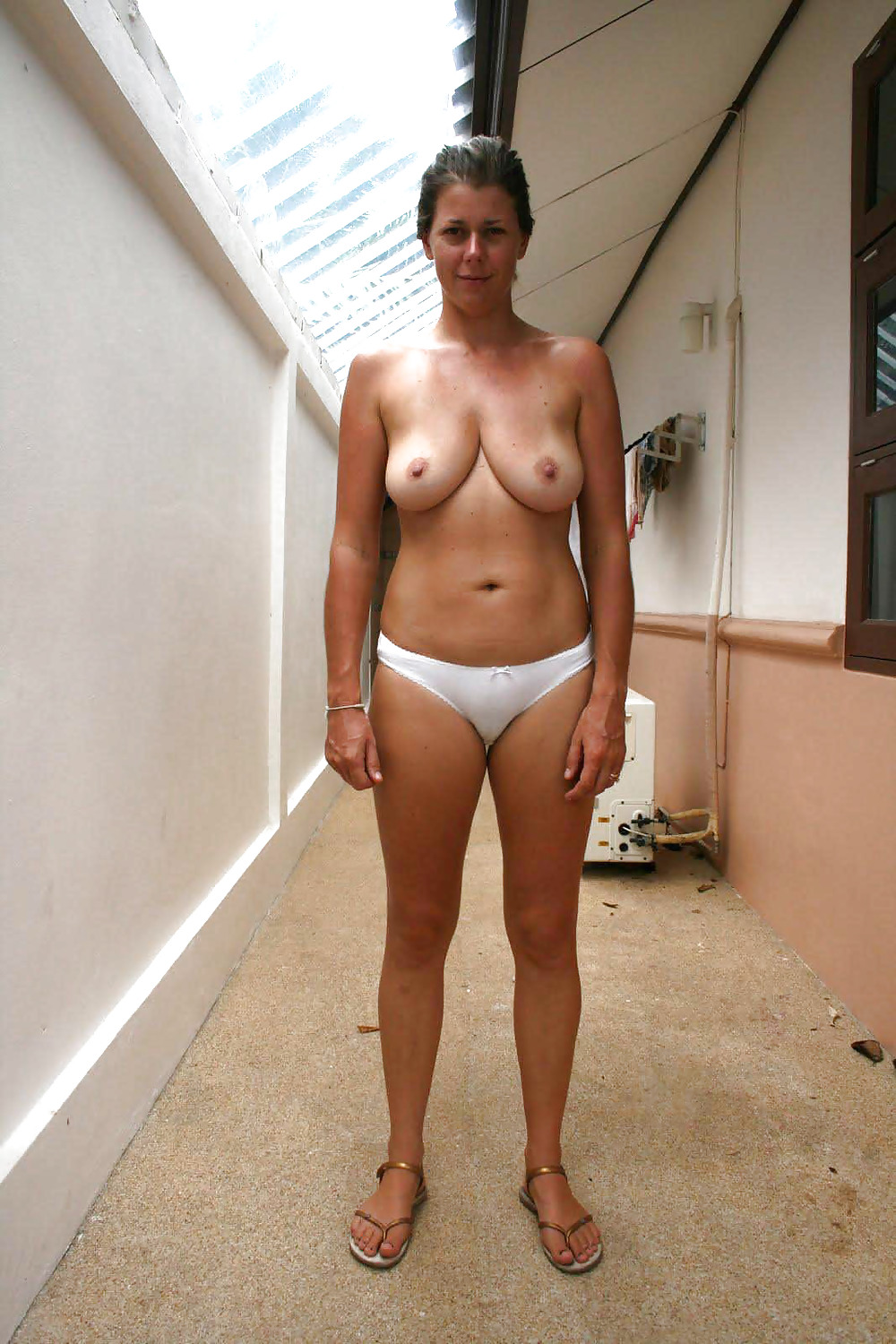 Nude amature women with great ties abs — 12