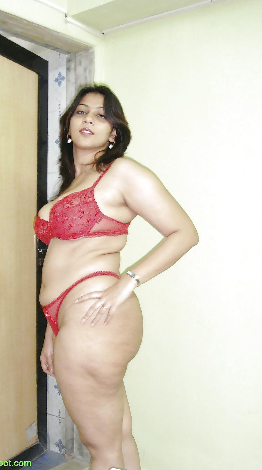 Erotic Image Pornstar comma sutra