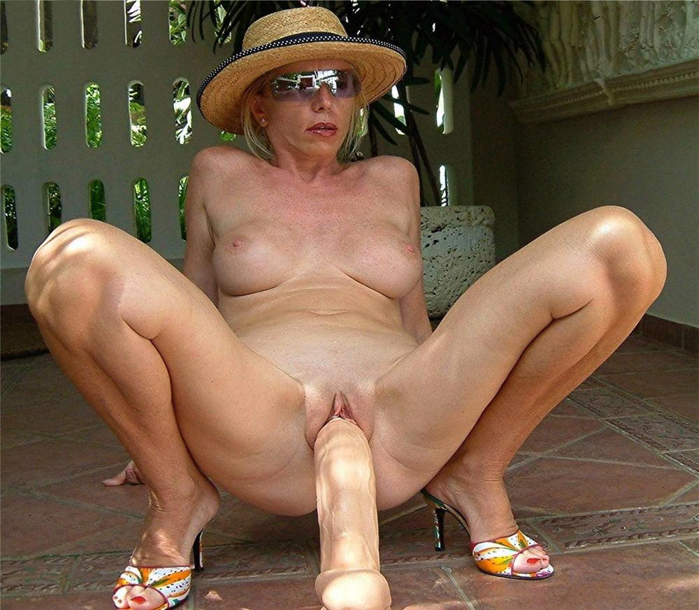 old-wifes-dildo-tube