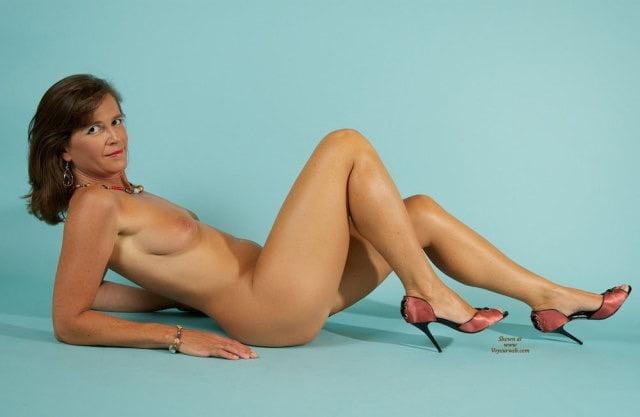 Vanessa hudgens naked celebrities