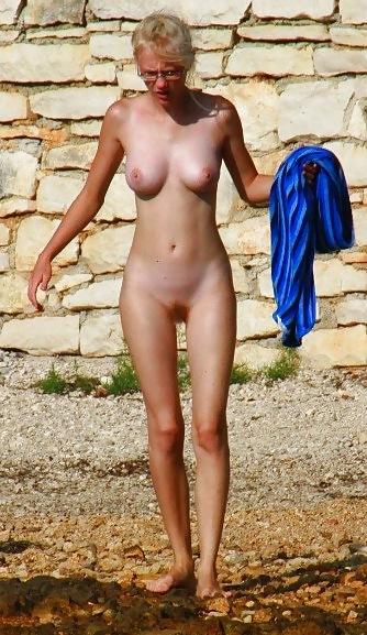 Danish Teen On Nudist Beach - 32 Pics - Xhamstercom-7819