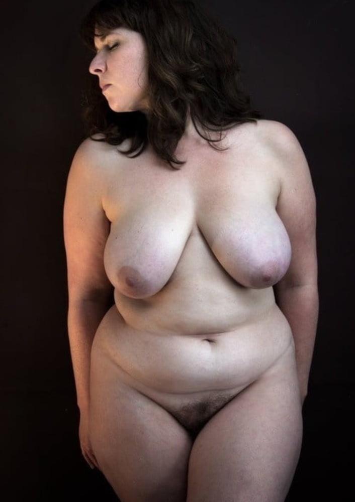 пышные голые женщины фото - 4