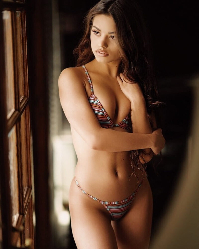 Ariel Yasmine Nude