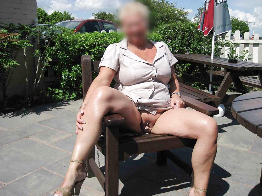Amature female exhibitionist nude phots