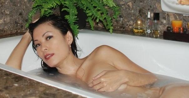 Gwen c nude in public #1