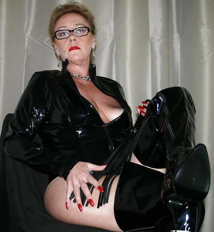 Mature mistress sensuous, nancy kerrigang nude